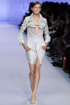 Céline Spring 2007 Ready-to-Wear Fashion Show - Ekaterina