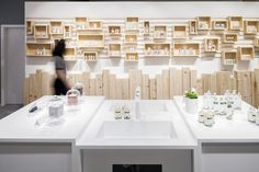 This Store Has A Robot That Will Make Your Custom Cosmetics