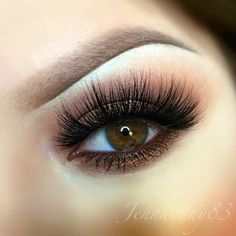 Wow! Even the longest and most dramatic real mink eyelashes don't look vulgar or fake but rather elegant and captivating. No other false eyelash material on the market makes your eyelashes look as realistic. Shop cruelty-free Siberian mink eyelashes by Minki Lashes here: http://minkilashes.com/shop #dramatic #false #eyelashes #mink #lashes #MinkiLashes #hazel #eyes #beauty #trends