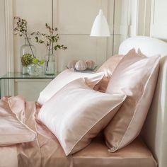 Silk Bedding Silk Duvets Silk Filled Comforters   https://www.snowbedding.com/