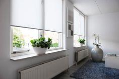 Raamdecoratie.com is dé online webshop voor al uw raamdecoratie. Zij bieden als enige in Nederland perfect op maat gemaakte raamdecoratie en ook voordelige standaardmaten aan. Hierbij kunt u denken aan rolgordijnen, jaloezieën en plisségordijnen. Bent u op zoek naar iets voordeligs voor een kelderraam of juist naar iets exclusiefs voor in de woonkamer, Raamdecoratie.com heeft...  Lees verder