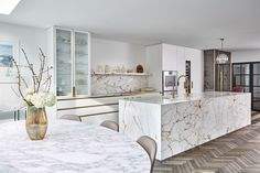 Contemporary Brass and Carrara Marble Kitchen by Blakes London - Residential Architects London Kitchen Room Design, Kitchen Interior, New Kitchen, Kitchen Decor, Gold Kitchen, Kitchen Storage, Contemporary Marble Kitchens, Küchen Design, House Design
