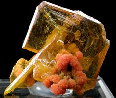 Wulfenite with Mimetite from San Francisco Mine, Cerro Prieto, north of Cucurpe, Sonora, Mexico