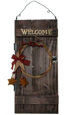 """Product Description: This is a beautiful """"Welcome"""" sign that shows off your love of the primitive style. It is made from painted wood so that it looks just like an old barn door. Then it is decorat. Pallet Crafts, Pallet Art, Wooden Crafts, Primitive Crafts, Country Primitive, Primitive Stitchery, Primitive Patterns, Primitive Signs, Primitive Snowmen"""