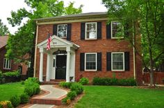 small flat roof over entry - Google Search Brick Porch, House Front Porch, Front Porch Design, Front Porches, Colonial Front Door, Colonial Exterior, Front Doors, Brown Brick Exterior, House Shutters