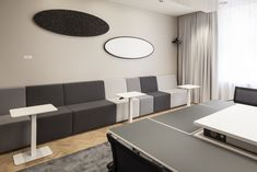 The premises of White&Case were designed with INTO the Nordic Silence furniture solutions to create diverse and acoustic friendly space for both employees and customers. Flexible Furniture, Lift Table, Office Sofa, Adjustable Base, Flexible Working, Lounge Areas, Office Interiors, Interior Design, Offices
