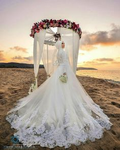 Inspired by with Barbe LeBon.repost Inspired by with Barbe LeBon. Muslim Wedding Gown, Muslimah Wedding Dress, Muslim Wedding Dresses, Muslim Brides, Wedding Hijab, Bridal Dresses, Wedding Gowns, Wedding Cakes, Bridal Hijab