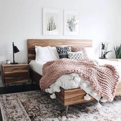 Young adult bedroom ideas / Cute small bedroom decor for teen girls.bedding for young female / woman.bedroom ideas for young lady in their Vintage Bedroom Decor, Home Decor Bedroom, Design Bedroom, Bedroom Inspo, Rooms To Go Bedroom, Wood Bedroom Furniture, Grey Furniture, Minamilist Bedroom, Furniture Design
