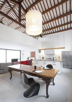 Galeria - Conversão de um antigo galpão industrial em uma residência unifamiliar / Guim Costa Calsamiglia - 11