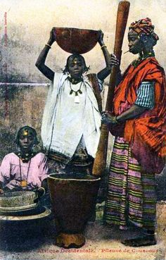 "Africa | ""Peleuse de Couscous"" Afrique Occidentale 