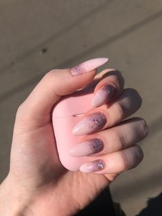 Most Popular Soft Pink Nails Gel Shape Aycrlic Nails, Oval Nails, Nail Manicure, Cute Nails, Pretty Nails, Hair And Nails, Soft Pink Nails, Purple Nails, Almond Nails Designs