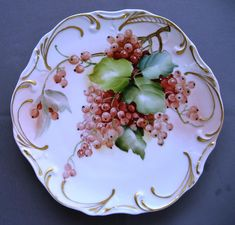 854 Currant Plate Ceramic Art