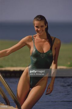 News Photo : Model Elle Macpherson poses for the 1987 Sports...