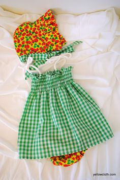 mommy is coo coo: How to make a Baby Sundress Sewing For Kids, Baby Sewing, Sew Baby, Sewing Ideas, Sewing Projects, Diy Projects, Kids Patterns, Dress Patterns, Sewing Patterns
