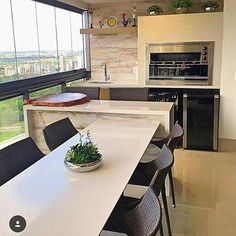 Beautiful gourmet balcony, white silestone and porcelain tile! Small Space Interior Design, Minimal Kitchen, Kitchen Benches, Home Ceiling, Interior Design Living Room, Cool Kitchens, Balcony, Kitchen Remodel, Sweet Home