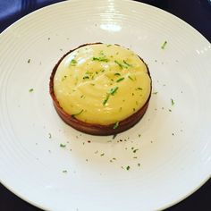 Mother's Day lunch at Goumard, Paris 8th with the best mum ever. Extra yummy creamy lemon tarte #goumardparis #parisianblackbook #gourmet #lemonpie