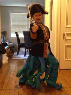 Skylanders Wash Buckler costume