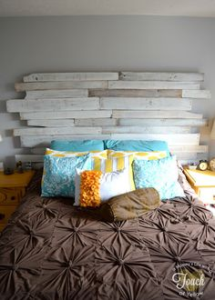 A mommy's life...with a touch of YELLOW: DIY Pallet Headboard {tutorial}  Whitewash pallet headboard :)
