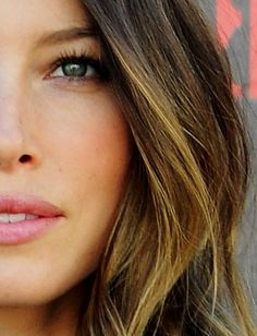 Pictures : Ombre Highlights: Jessica Biel's Ombre Hair Color - Jessica Biel Ombre Hair Highlights