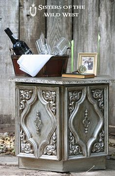 Aged Silver Finish Metallic Paint and Glaze | Glaze Furniture Rehab | DIY Paint Ideas For Your Old Furniture