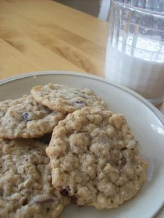Everyone Loves Chocolate Chip Cookies! - A Pretty Life In The Suburbs