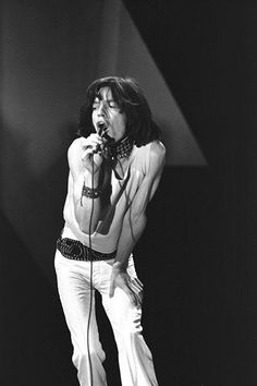 1971 Photo-Mick Jagger-B.1943...... (Sir Michael Phillip Jagger)....... Actor, Singer-Songwriter, Music & Film Producer, Front Man for the Rolling Stones