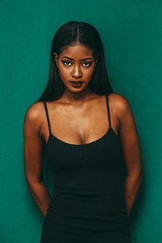Sira Kante Beautiful Black Women, African American Girl, African Girl, African Beauty, African Men, Black Girl Green Eyes, Black Girls Rock, Black Girl Magic, Brown Skin