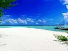 Top 5 Most Beautiful Beaches in Indonesia
