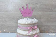 Topo de bolo em formato de coroa para bolo de batizado, comunhão ou aniversário.Texto personaliável.A cor pode ser escolhida.Material: Madeira e goma de eva Bolo Minnie, Children, Cake, Crown Cake, Weddings, Wood, Party, Young Children, Boys