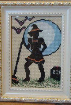 Free Cross Stitch Pattern - Sassy Witch