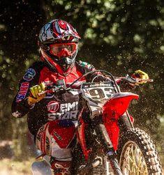Emistar Racing - Pratique seu estilo! Torres Rs, Motorcycle, Vehicles, Custom Products, Style, Motorcycles, Car, Motorbikes, Choppers