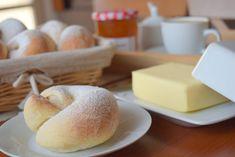 Mallorské šneky - Avec Plaisir Doughnut, Cantaloupe, Hamburger, Sweets, Bread, Fruit, Food, Gummi Candy, Candy