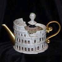 Fitz & Floyd Teapots - The Roman Colosseum