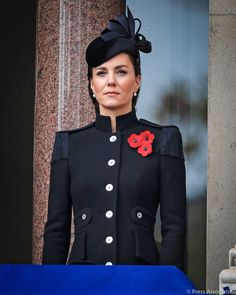Remembrance Sunday 2020 Duchess Of Cornwall, Duchess Of Cambridge, Duchess Kate, Duke And Duchess, George Et Charlotte, Philip Treacy Hats, Royal British Legion, Remembrance Sunday, Catherine Walker