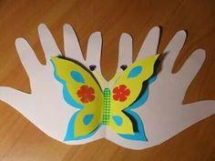 Atklātnītes no bērnu plaukstām - Ideju tarba - draugiem. Kids Crafts, Toddler Crafts, Hobbies And Crafts, Diy And Crafts, Arts And Crafts, Toilet Paper Crafts, Puppet Crafts, Butterfly Crafts, Mothers Day Crafts