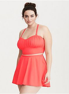 "<div>Major ruching adds flattering flare to the lightly lined coral cups on this bikini top, while no underwires keep it casual. A versatile style, the removable adjustable straps can be worn straight, crossed, or strapless. Lined in power mesh. Interior hook closure.</div><div><br></div><div><b>Search SKU 10733877 for matching swim bottom</b></div><div><ul><li style=""list-style-position: inside !important; list-style-type: disc !important"">Flexible Fit/Wireless cups</li><li…"