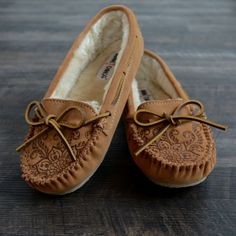 Made By Hand | Etched Slippers | Minnetonka Moccasin