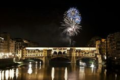 Fireworks on Ponte Vecchio, 24 June for Saint John's Day, Patron Saint of Florence New Years Eve 2016, Event Guide, Summer Solstice, Inevitable, Tuscany, Night Life, Florence, Louvre, Italy