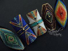 off loom beading stitches Bead Loom Designs, Bead Loom Patterns, Beaded Jewelry Patterns, Peyote Patterns, Beading Patterns, Diy Beaded Rings, Beaded Earrings, Beaded Bracelets, Native Beadwork