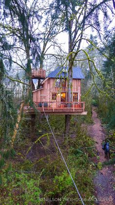 Thrill 'n' Chill Treehouse - Pete Nelson - Treehouse Masters Season 9
