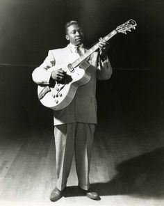 THE KING OF THE BLUES……R.I.P. Riley B. King (September 16, 1925 – May 14, 2015)