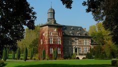 Castle 'Rullingen' at Kuttekoven (Belgium) by Mark Billiau.