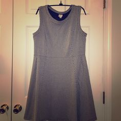 Merona Sleeveless Dress, size Large Adorable and comfy sleeveless dress. Black and white. Machine wash. Worn a handful of times and like new! Looks great with tights and boots or heels and a cardigan. Merona Dresses