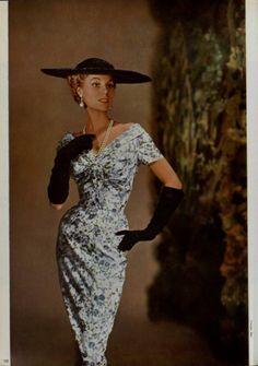 04e370836c5 35 meilleures images du tableau Robes Des Années 1950