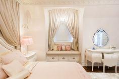 Instagram: @directinteriorsfurniture Interior Design Work, Interior Design Companies, Closet Bedroom, Dream Bedroom, Interior Stylist, Girls Dream, Interiors, Closets, Ontario