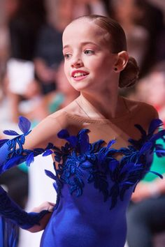Learn To Ballroom Dance And Feel Your Soul Latin Ballroom Dresses, Ballroom Costumes, Jazz Costumes, Ballroom Dance Dresses, Ballroom Dancing, Ice Dance Dresses, Skating Dresses, Dance Outfits, Latina
