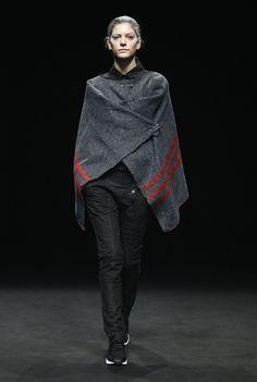 OSCARLEON | 080 Barcelona Fashion Gaudi Barcelona, 080 Barcelona, Barcelona Fashion, Winter 2017, Fall Winter, Catwalk, Normcore, Style, Pattern Cutting