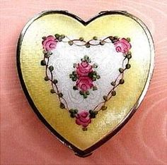 Vintage guilloche heart compact