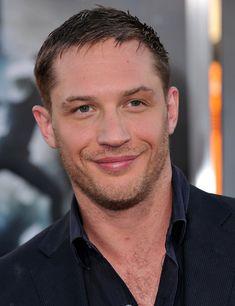 Tom Hardy Photos - Tom Hardy and Charlotte Riley Arrive in Vancouver - Zimbio