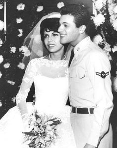 Nancy Sinatra and Tommy Sands at their 1960 wedding.